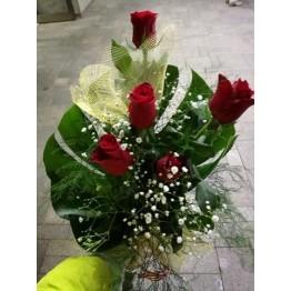 Букет 5 червени рози